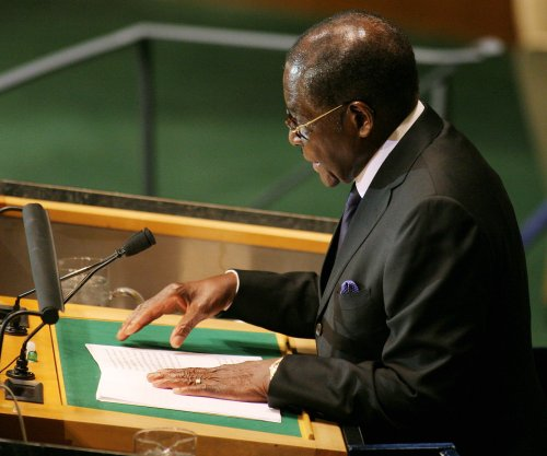 Zimbabwe's President Mugabe repeats speech he delivered three weeks ago