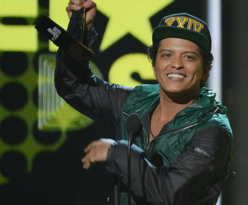 Bruno Mars to headline CBS special on Nov. 29