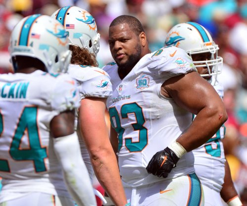 Los Angeles Rams sign DT Ndamukong Suh to one-year deal