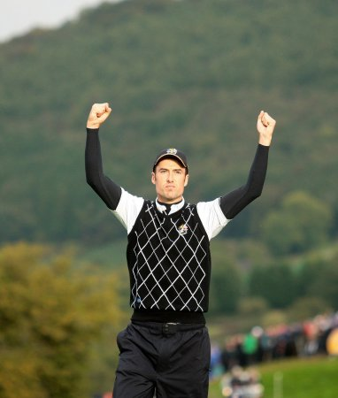 Fisher moves to front of Wales Open