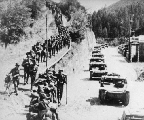 Italians invade Ethiopia