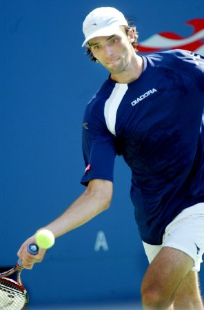 Karlovic ousted at Zagreb indoors