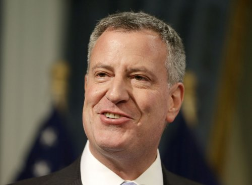 NYC Mayor Bill de Blasio forced to sing 'I Love L.A.' after losing Stanley Cup bet [VIDEO]