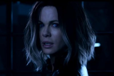 Kate Beckinsale battles a werewolf army in new 'Underworld: Blood Wars' trailer