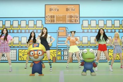 Momoland shares 'Tiki Taka' music video
