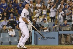Dodgers' Will Smith comes off bench, slugs walk-off homer to beat Giants