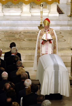 Cardinal criticized over Kennedy funeral