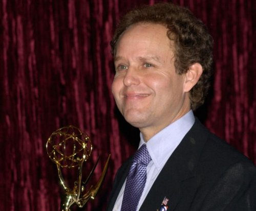 'Veep' star Peter MacNicol's Emmy nomination rescinded