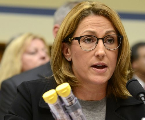 Senators ask FTC for review of EpiPen maker Mylan