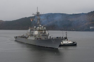 Navy modifies USS Cole contract for extended dry-dock work