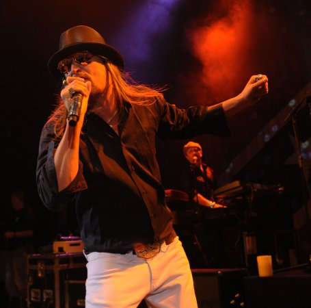 Kid Rock to perform on VMAs