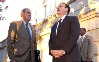 Indiana's Coats returns to U.S. Senate