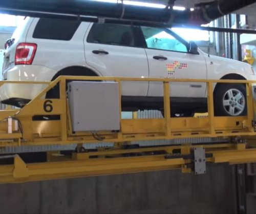 California city shows off new fully-automated parking garage