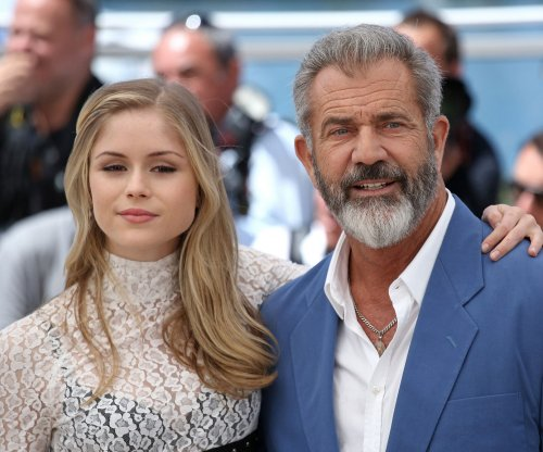 Mel Gibson goes on the run with his estranged daughter in 'Blood Father' trailer