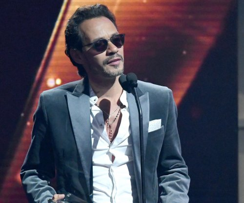 Salsa star Marc Anthony performing at El Clásico Miami