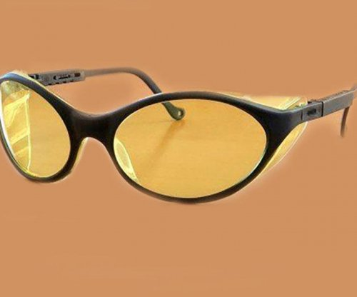 Tinted glasses may help device-users get a better night of sleep