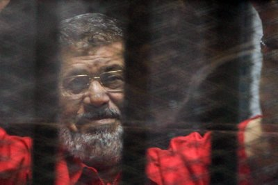 Cairo court sentences Morsi to 3 years in prison for speech