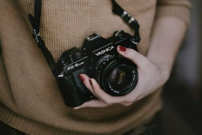 Family seeks photographer to travel with them for $100,000