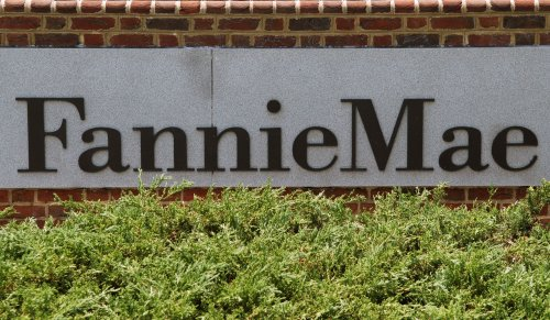 Fannie Mae losses $2.3 billion in quarter