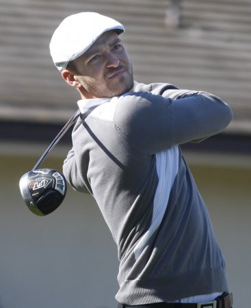 Timberlake plays on new Tenn. golf course