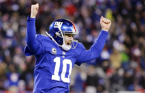 Sports collector: New York Giants passed off new equipment as used