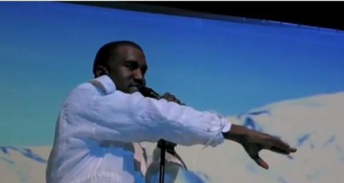 VIDEO: Kanye West interrupts concert to announce Kim Kardashian pregnancy