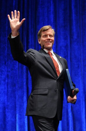 Judge refuses to dismiss charges against former Va. Gov. McDonnell and his wife