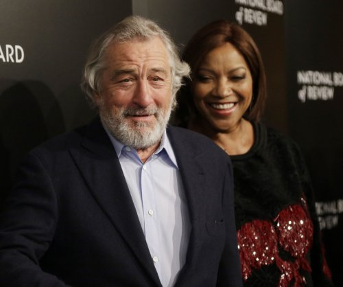Robert De Niro says anti-vaccination documentary has been pulled from Tribeca slate