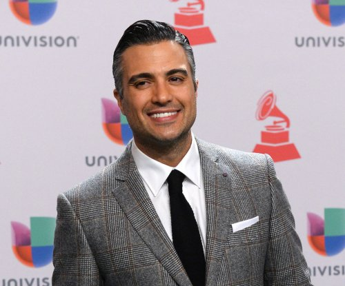 Jaime Camil of 'Jane The Virgin' joins Broadway's 'Chicago'