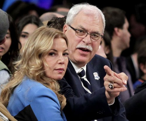 New York Knicks' Phil Jackson, Los Angeles Lakers' Jeanie Buss call off engagement