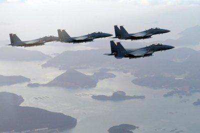 North Korea condemns South's air force exercises