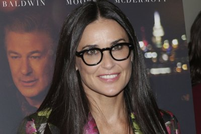 SAG: Actors now 'free to work' on 'Songbird' film