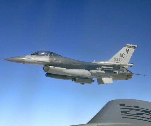 Pakistan eyeing deal for U.S. F-16 jets