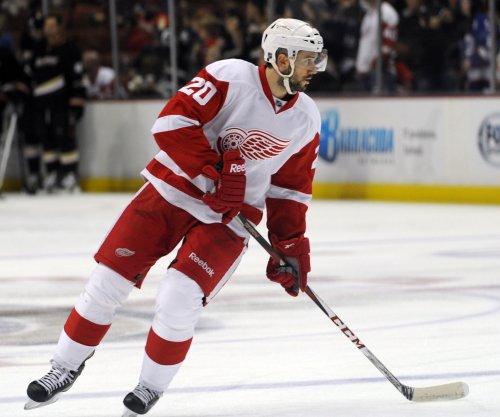 Detroit Red Wings demote LW Drew Miller, activate C Dylan Larkin