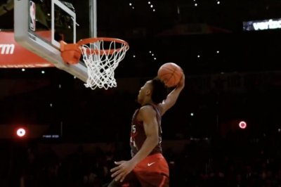 Donovan Mitchell channels Vince Carter at Dunk Contest