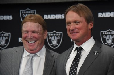 Oakland Raiders' Jon Gruden excited for new-look WR corps