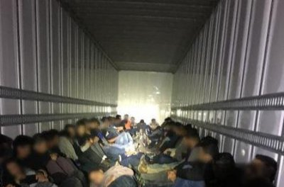 9 U.S. citizens arrested for smuggling 64 migrants across border