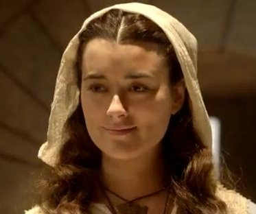 Cote de Pablo stars in preview for 'The Dovekeepers'