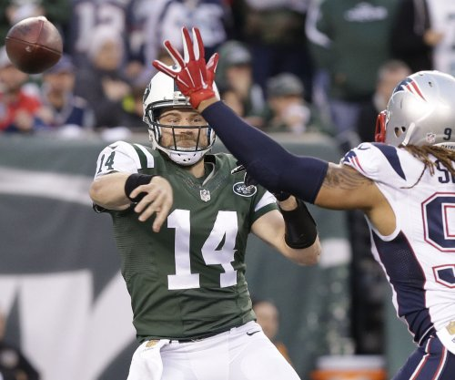 Ryan Fitzpatrick, New York Jets 'far apart' in contract talks