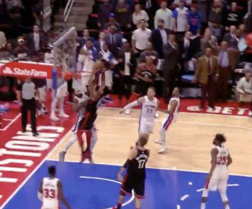 DeMar DeRozan obliterates Anthony Tolliver with two-handed slam