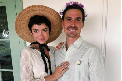 'The Bachelor' alum Bekah Martinez expecting first child