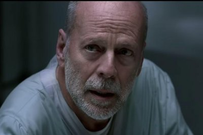 Bruce Willis confronts James McAvoy in new 'Glass' teaser