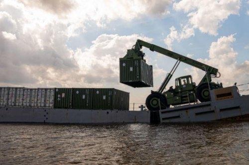 Marines upgrade 'Monster Machine' cargo lifter