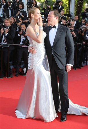 Uma Thurman ends engagement to Arki Busson