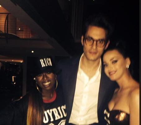 Katy Perry, John Mayer pose with Missy Elliot after Super Bowl gig