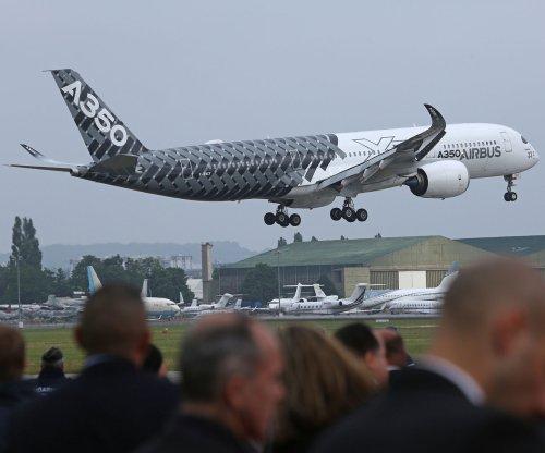 Boeing, Airbus announce big sales at Paris Air Show