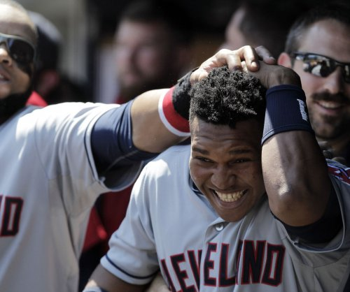 Hats off: Jose Ramirez leads Cleveland Indians past Kansas City Royals