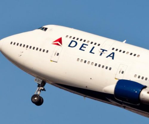 Delta Air Lines traffic passed United in '15 to become second-largest U.S. carrier