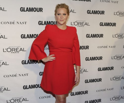 Amy Schumer leaves $1,000 tip for 'Hamilton' bartenders