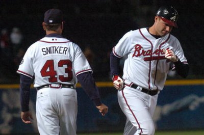 Atlanta Braves name Brian Snitker manager